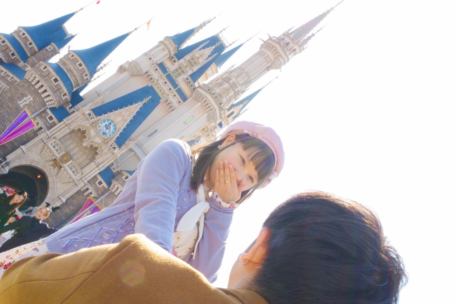 シンデレラ城前でプロポーズ